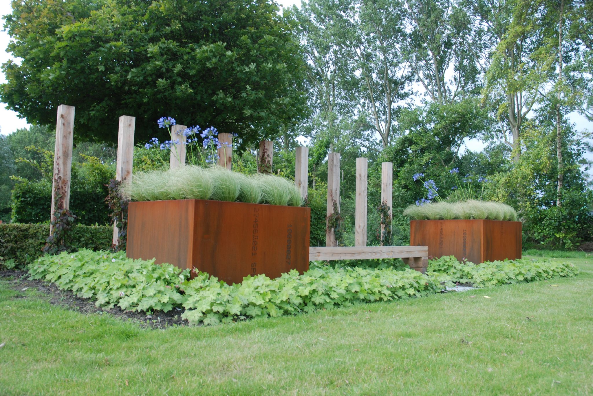 corten steel trough planters from. Black Bedroom Furniture Sets. Home Design Ideas