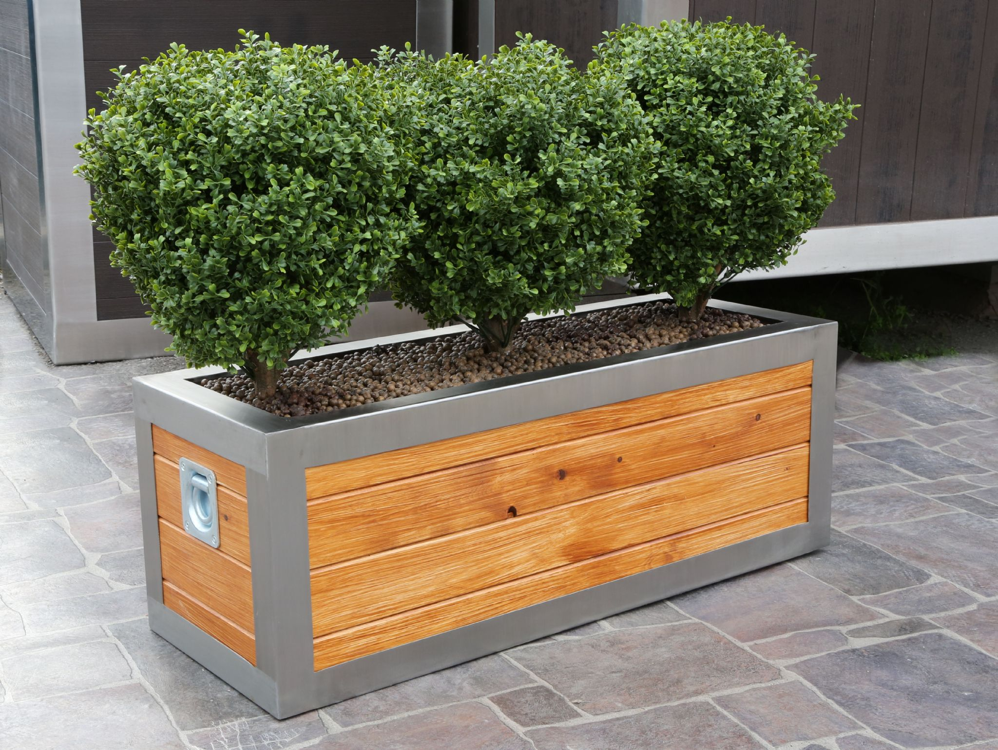 Stainless steel frame trough planter from for Garden planters uk